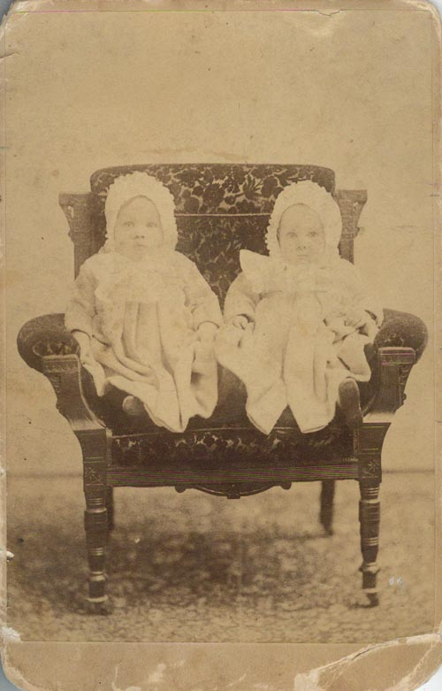 Image of Ethel and Edna Long