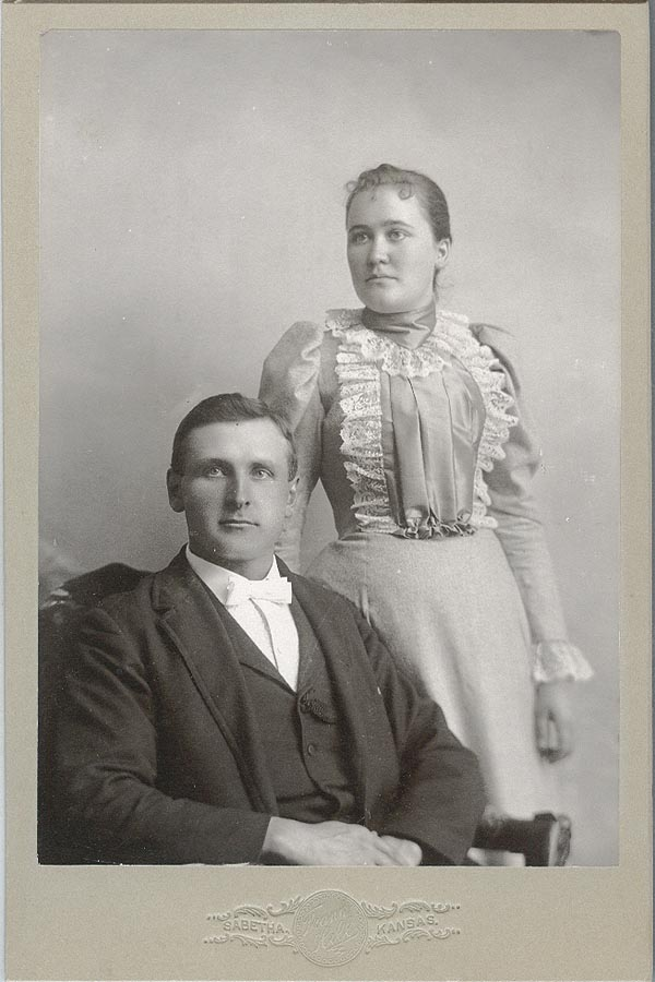 Photograph of Jake and Marvel Bowers