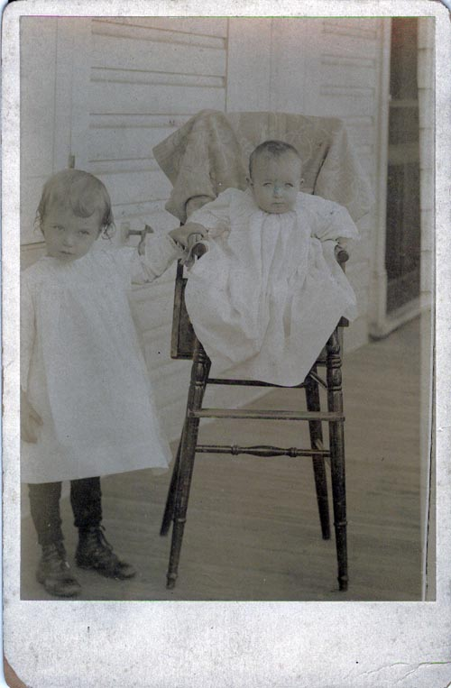 Image of Helen and Gertrude Cliffe