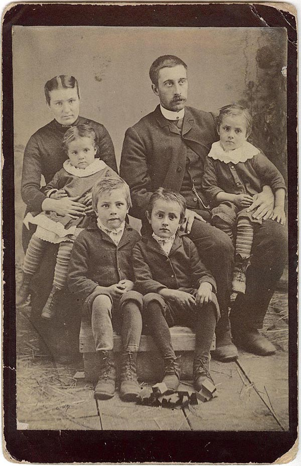 Photograph of Tom Knight and Family