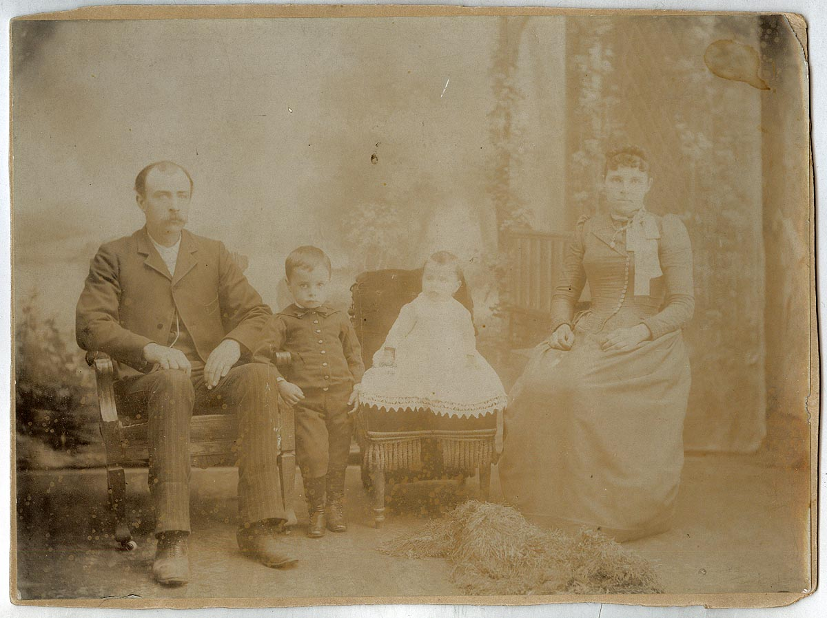 Photograph of W. M. Messinger and Family